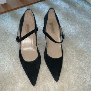 Michael kors black point toe heels made in Italy